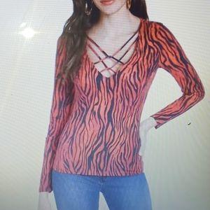Quess women long sleeve tee size xl